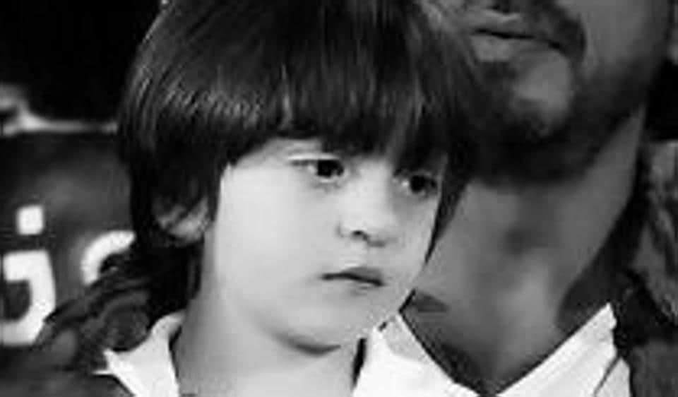 SRK thank fans for loving his youngest kid AbRam