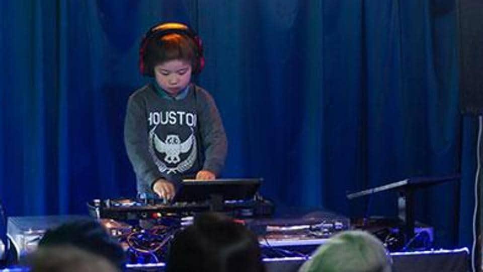 Guinness record,Itsuki Morita,Club DJ