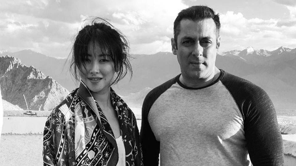 Zhu Zhu with Salman Khan.