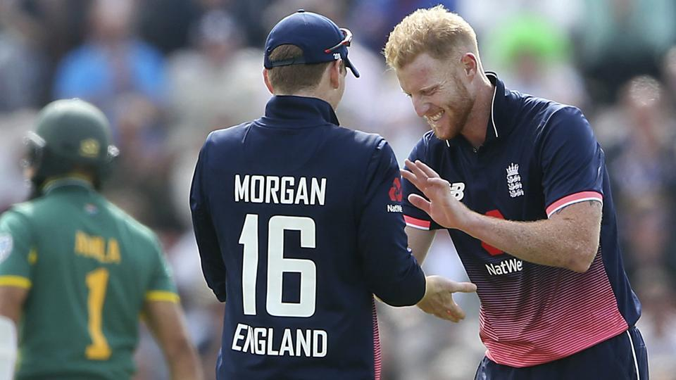 England's Ben Stokes, right, with Eoin Morgan after taking the wicket of South Africa's Hashim Amla in the 2nd ODI.