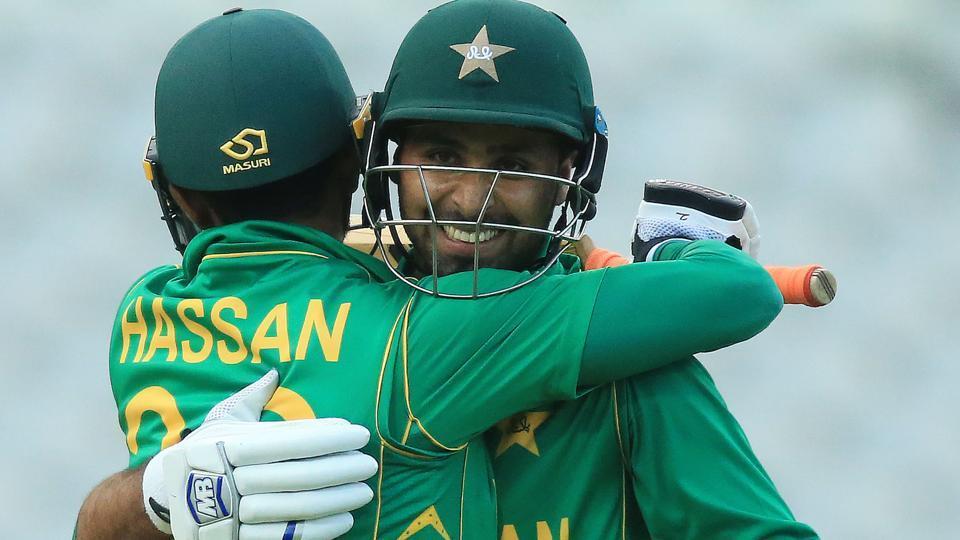 Pakistan batsmen Faheem Ashraf (R) and Hassan Alian celebrate victory over Bangaldesh after the ICC Champions Trophy Warm-up match. (AFP)
