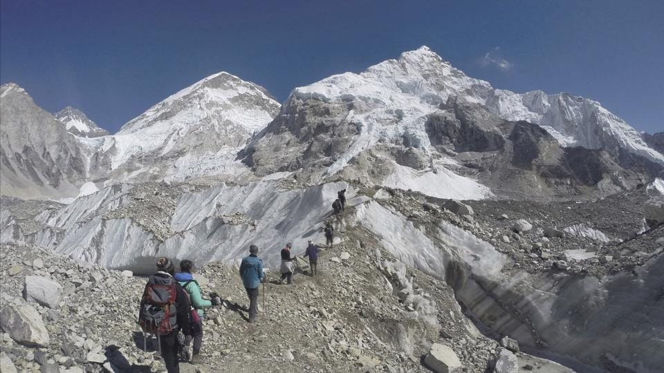 Mount Everest,Climbers,Bodies found