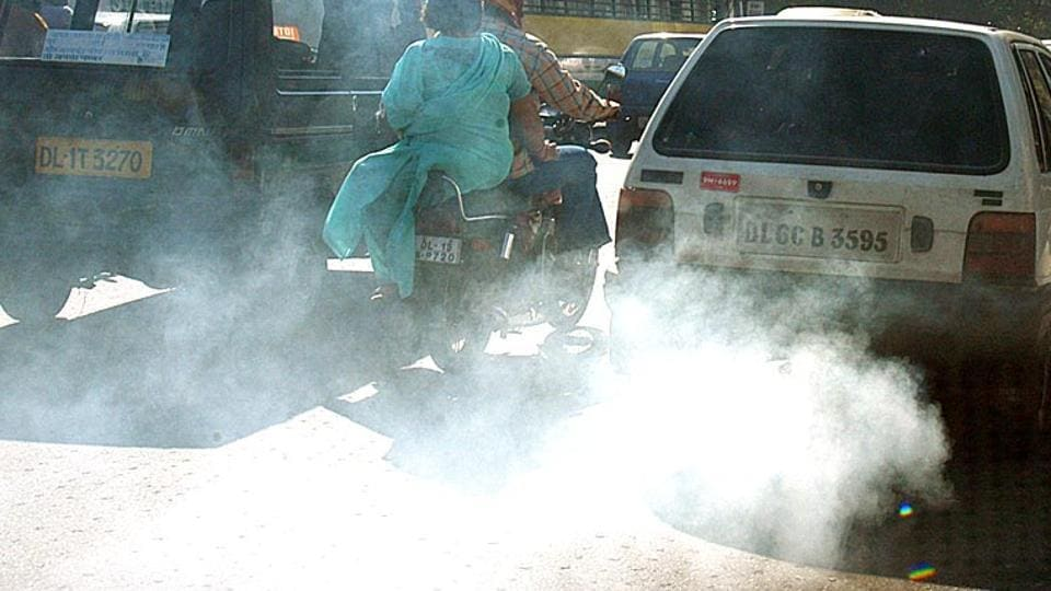 Scientists say there is strong evidence that particulate matter (PM) emitted mainly from diesel road vehicles is associated with increased risk of heart attack, heart failure, and death.