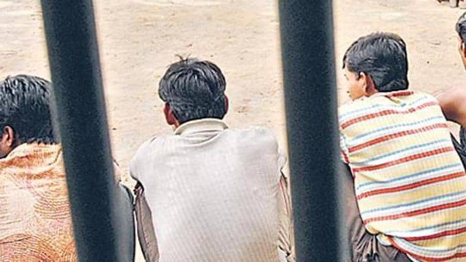 The Law panel indicated that in cases where evidence against the accused are shaky , bail should be granted before charges are pressed.