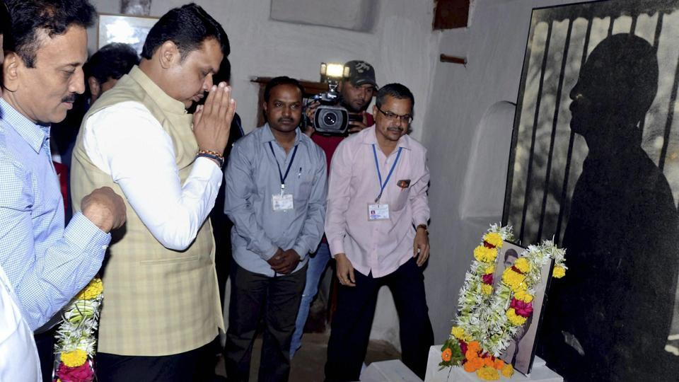 Maharashtra chief minister Devendra Fadnavis pays tribute to Veer Savarkar on the occasion of his birth anniversary at Bhagur in Nashikon Sunday.