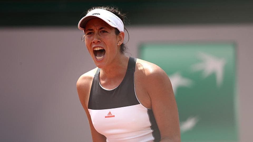 Garbine Muguruza breezed into women's singles second round with a straight-sets win over 2010 Roland Garros winner Francesca Schiavone.  (Getty Images)