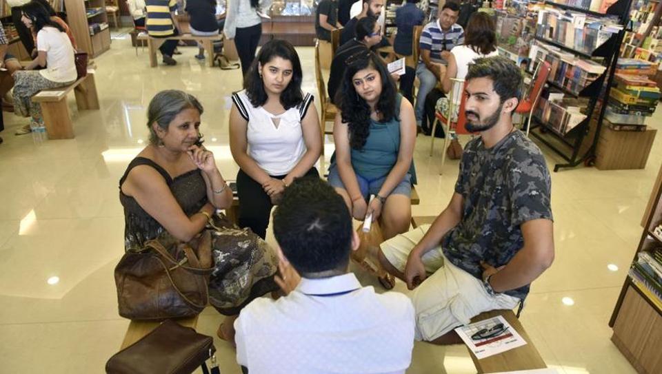 Mumbai city news,human libraries,Title Waves