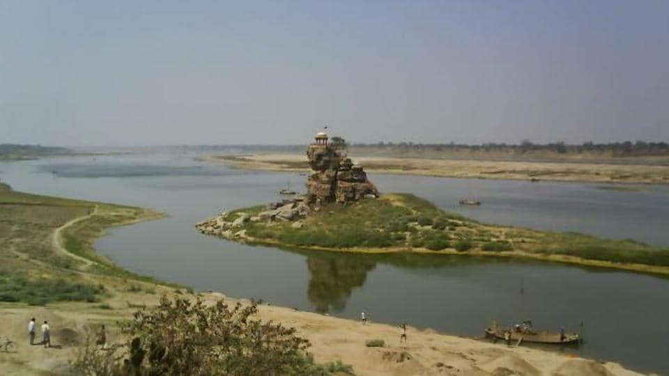 The historical Sujawandev Temple on a rock island in the middle of the Yamuna in Allahabad.