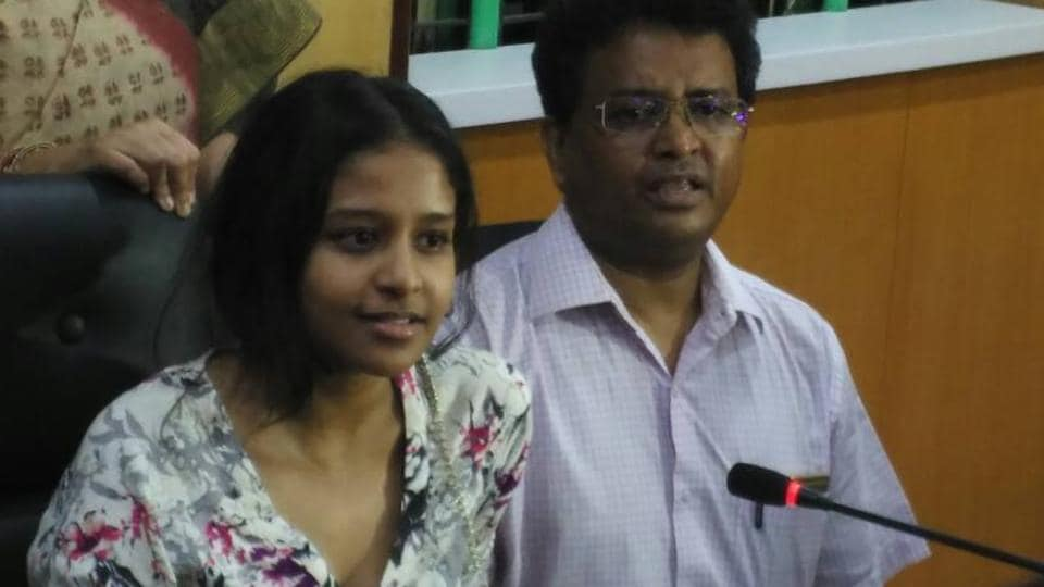 ISC Class 12 topper Ananya Maity is from Heritage School in Kolkata and scored 99.5%. Seen here with her father Dr Chinmoy Maity.