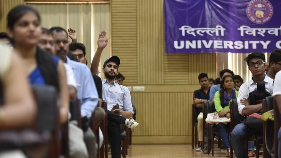 Many students said they wished to pursue graduation in arts or commerce streams from DU colleges