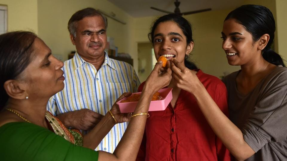 In Mumbai, Rhytha Kasiraj, from DAV Public School, Nerul was the highest scorer, securing 98.8% in the science stream. A medical aspirant, she bagged 100 out of 100 marks in mathematics and physics, papers that are usually considered tough to crack. (Bachchan Kumar  / HT Photo)