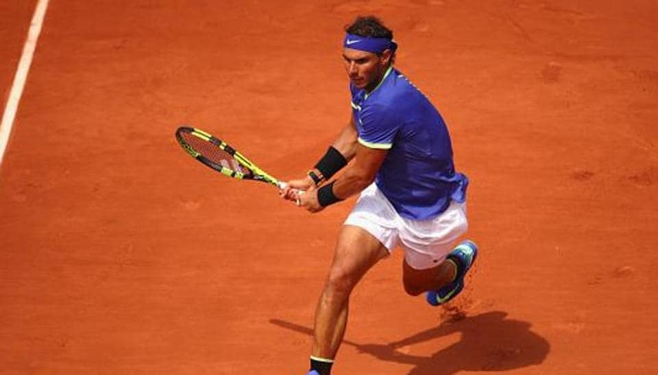 Imperious Nadal chasing French Open decima