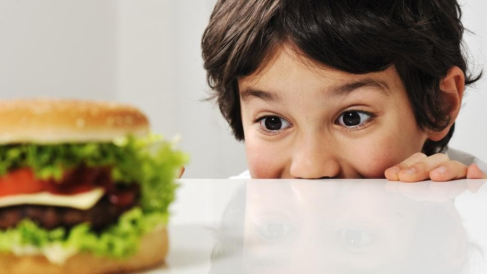 Boys who eat high-fat diet from childhood develop a proclivity to junk food as adults.