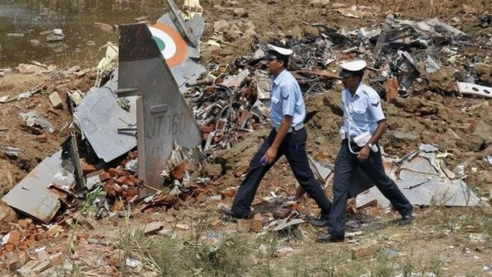 Defence spokesperson Lt Col Sombit Ghosh said bad weather hampered the operation.
