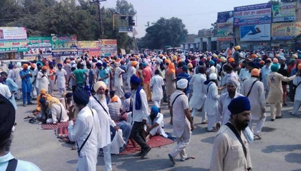 Bargari sacrilege,Sikh,group