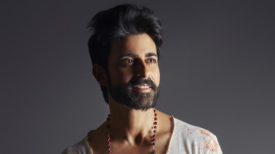 Gautam Rode says his My riends and family felt he wasn't looking like myself in a beard.