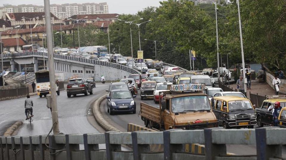 Mumbai city news,Mumbai road,Mumbai traffic