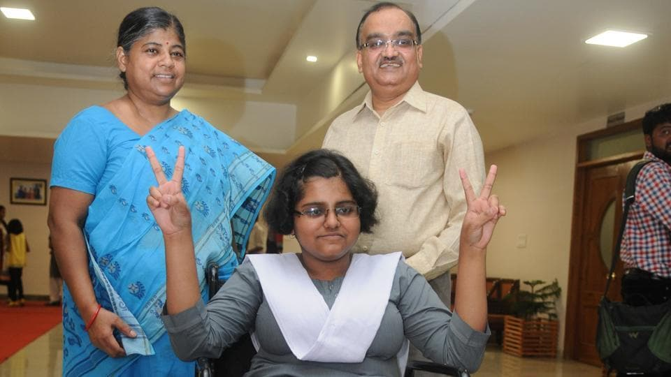 ISC exam,Aparna Narain Srivastava,Wheelchair-bound