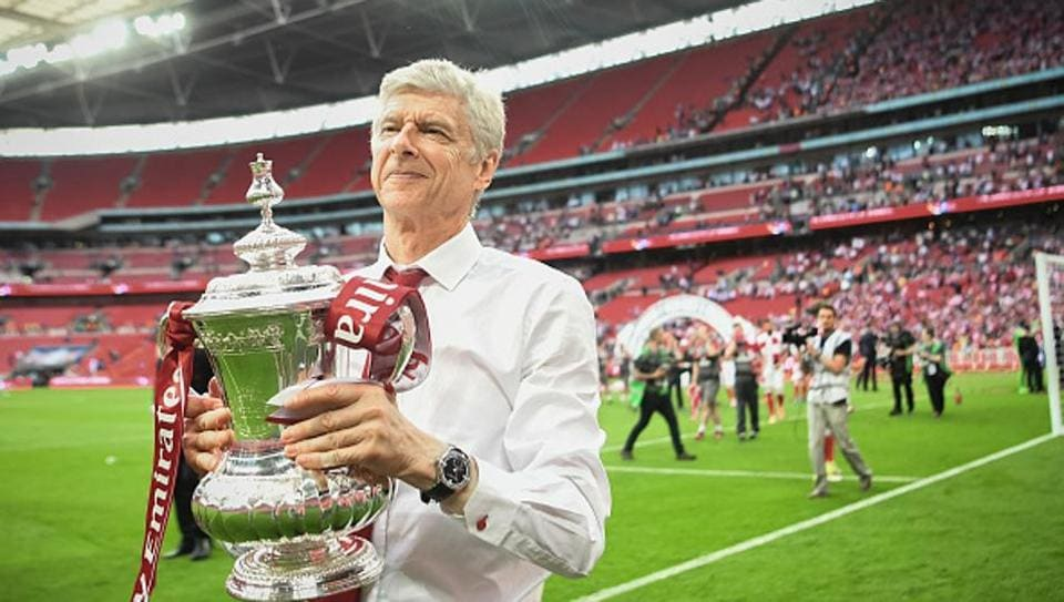 Wenger to extend Arsenal reign