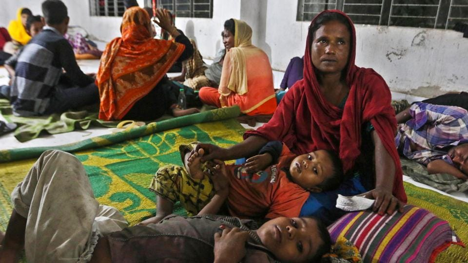 Bangladeshi villagers take refuge in a cyclone shelter following an evacuation by authorities in the coastal villages of the Cox's Bazar district as Cyclone 'Mora' gradually approaches. (AFP)