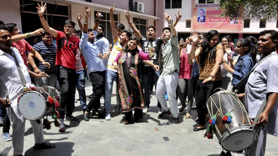 In Delhi region, boys have scored a little over 5% than girls in the CBSE examination. Though according to all-India figures, girls have performed better than boys.