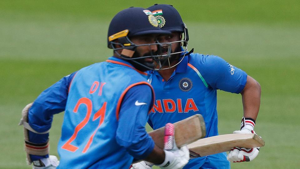 Karthik shared an attacking partnership with Kedar Jadhav and they put India on course for a 300-plus total. (AFP)