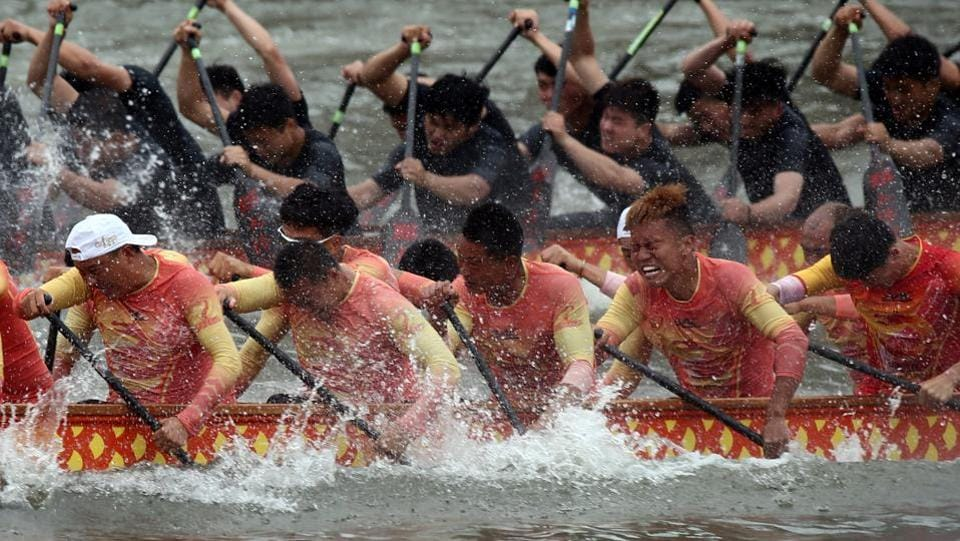 Participants take part in the 2017 China Longzhou Tournament, a dragon boat race held to celebrate the Dragon Boat festival, in Fuzhou, Fujian province. Dragon Boat Festival is celebrated across East Asia. (REUTERS)