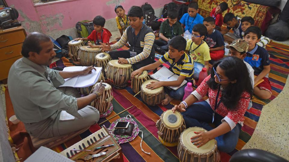 But for those who were musically inclined, there were tabla playing workshops conducted at Bal Bhavan in Charni Road in Mumbai. (Pratik Chorge/HT Photo)