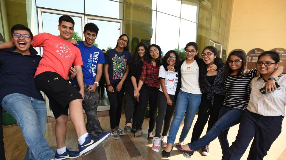 The results of Plus II arts, commerce, vocational and correspondence courses examination conducted by the Council of Higher Secondary Education (CHSE) were announced in Bhubaneswar on Wednesday.