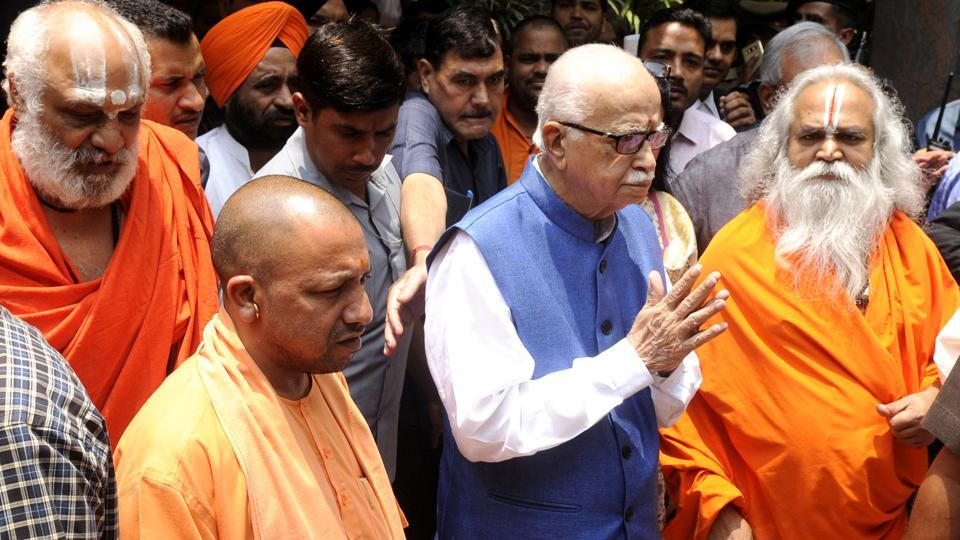 LK Advani met Uttar Pradesh chief minister Yogi Adityanath after he arrived at the VVIP guest house in Lucknow before leaving for the special court on Tuesday.