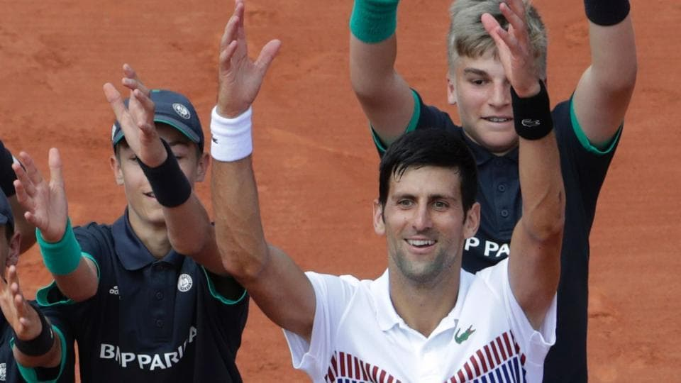 Novak Djokovic continued his great run in the French Open as he defeated Joao Sousa 6-1, 6-4, 6-3 to advance to the third round.