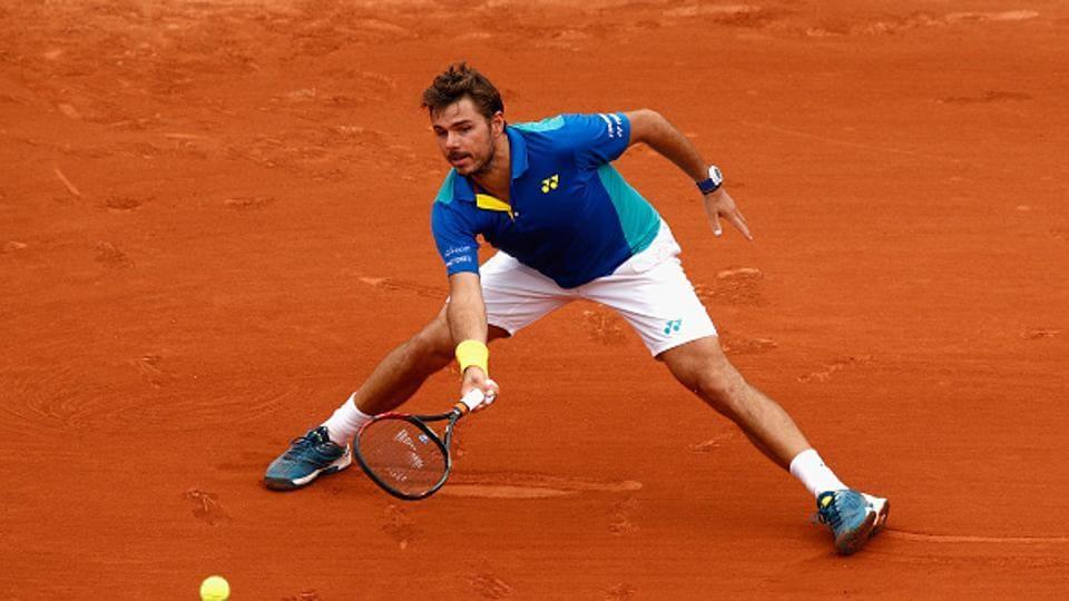 StanWawrinka beat Ukraine's Alexandr Dolgopolov 6-4, 7-6 (7/5), 7-5 to reach the third round of 2017 French Open.