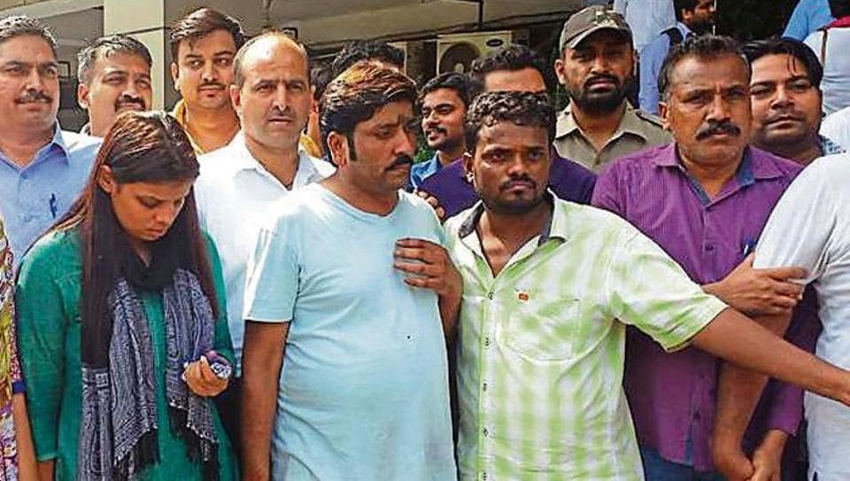 Some of the alleged members of the kidney racket who were taken into police custody.