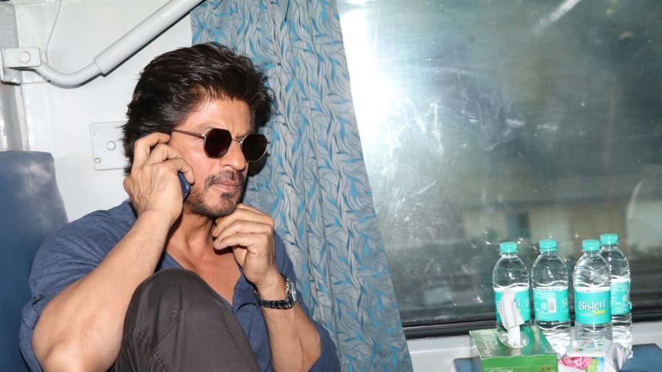 Shah Rukh Khan is playing a dwarf in Anand L Rai's film.