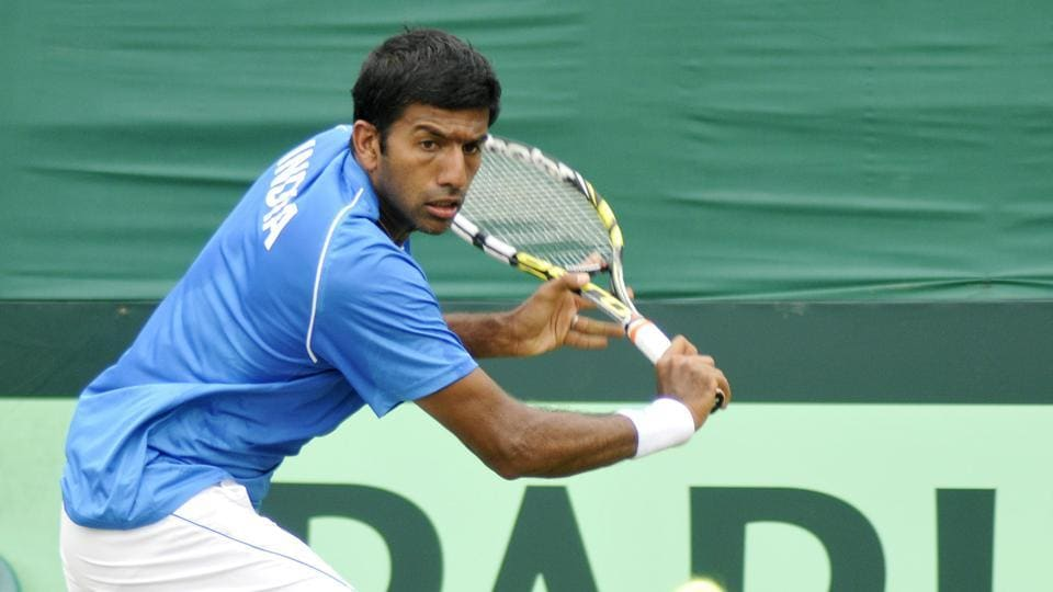 Rohan Bopanna-Gabriela Dabrowski defeated the Australian pair of Jessica Moore and Matt Reid 6-0, 6-1 to advance into the mixed doubles Round 2 of 2017 French Open.