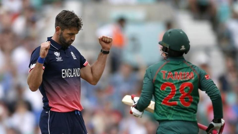 Liam Plunkett took four wickets as Bangladesh suffered a mini-collapse towards the end to be restricted to 305/6. (Reuters)