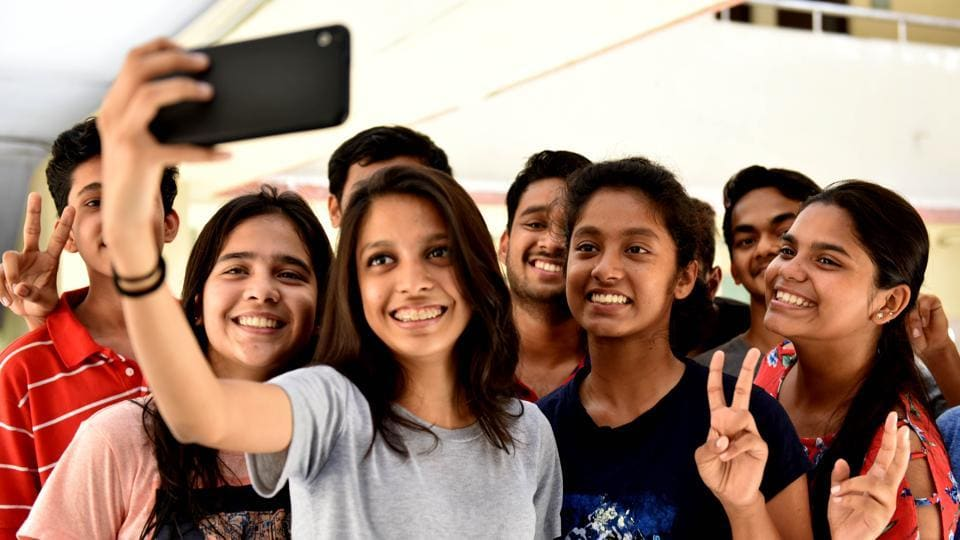 All students in 114 colleges in the Mumbai region passed the exam this year, compared to 66 last year.