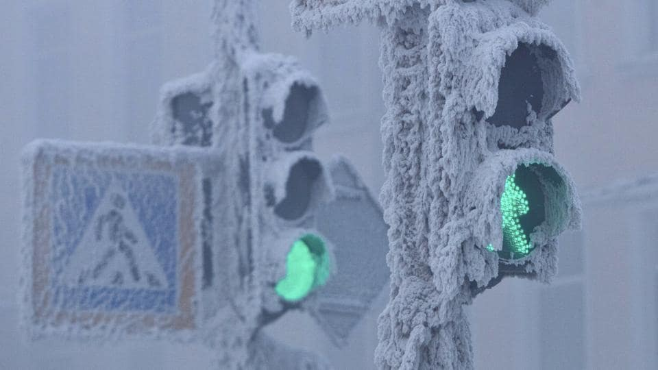 Traffic lights are seen covered in snow in Yakutsk, in the Republic of Sakha. (Maxim Shemetov / REUTERS)