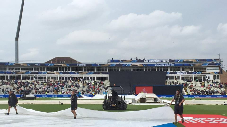 Rain halted New Zealand's progress early on and the match had to be reduced to 46 overs per side.  (Twitter)