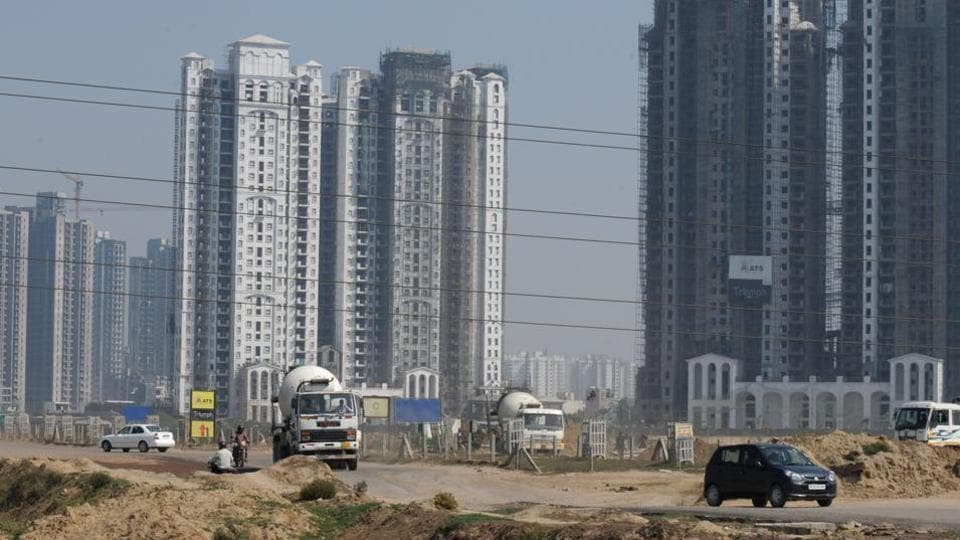 Over 10% of people in Haryana's slums are in Gurgaon, according to a joint report by CSE and MCG.