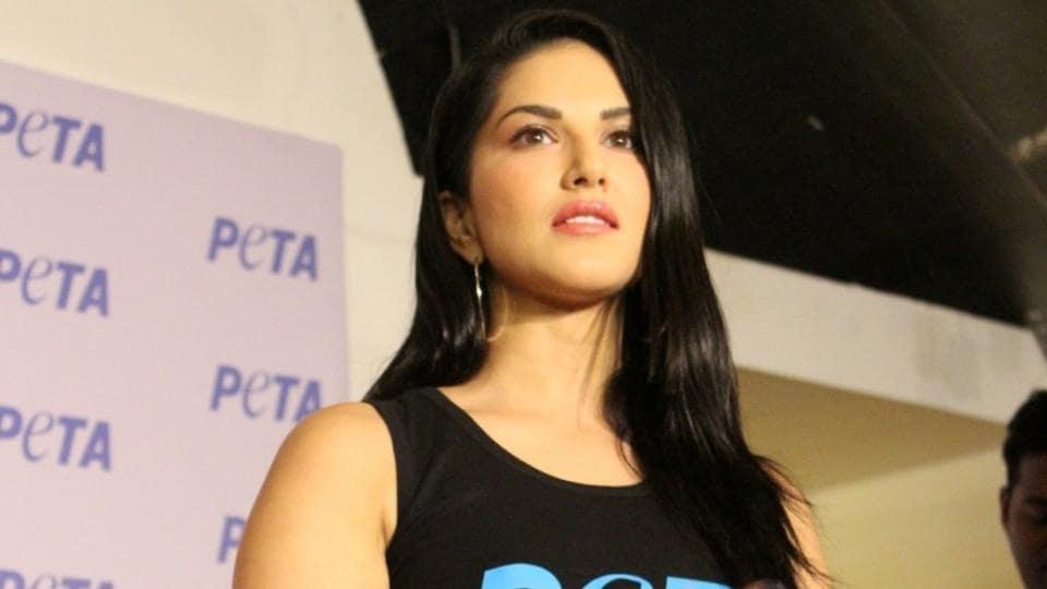 Sunny Leone has come in defence of Priyanka Chopra.