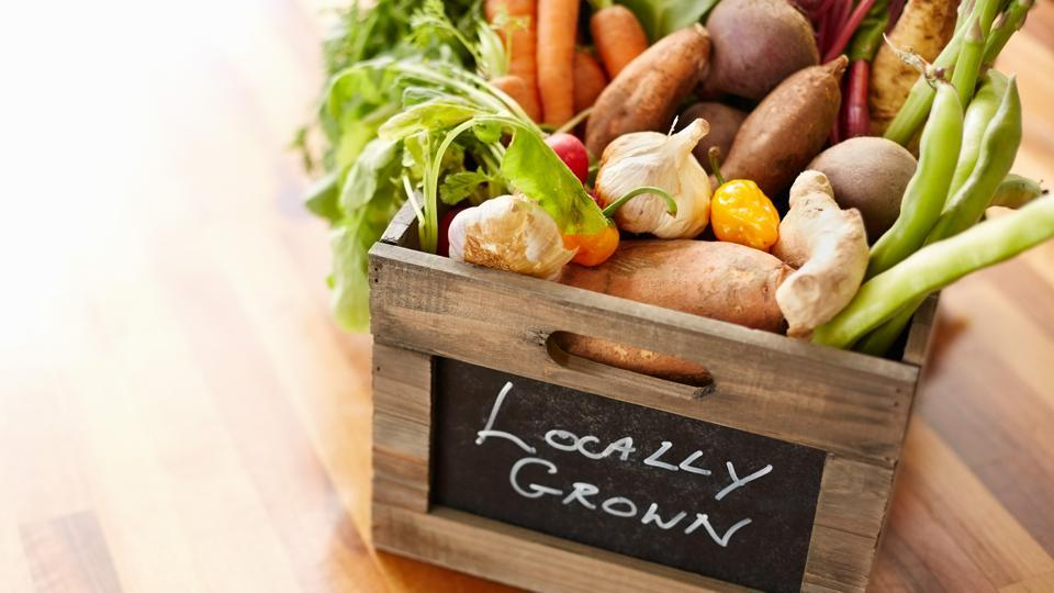 Kitchen processes and proper waste management can help curb carbon footprint in the food industry.