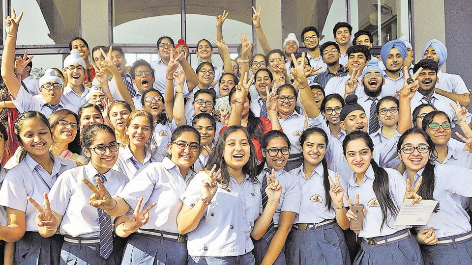 Watch out for the CBSE Class 10 result dates today.
