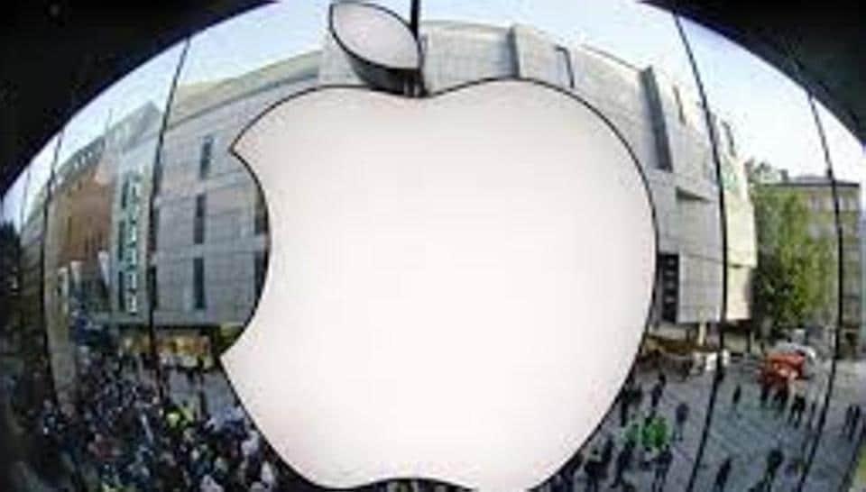 Apple,Siri,Amazon
