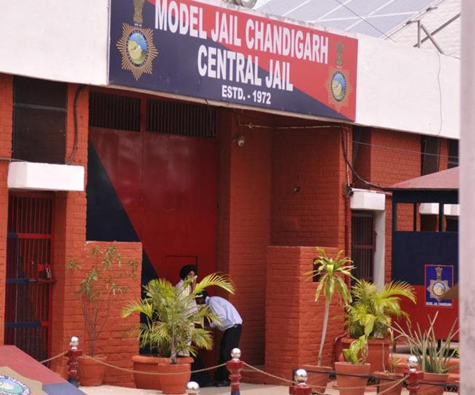The jail houses 500 inmates, out of which 20-odd inmates are observing Roza.
