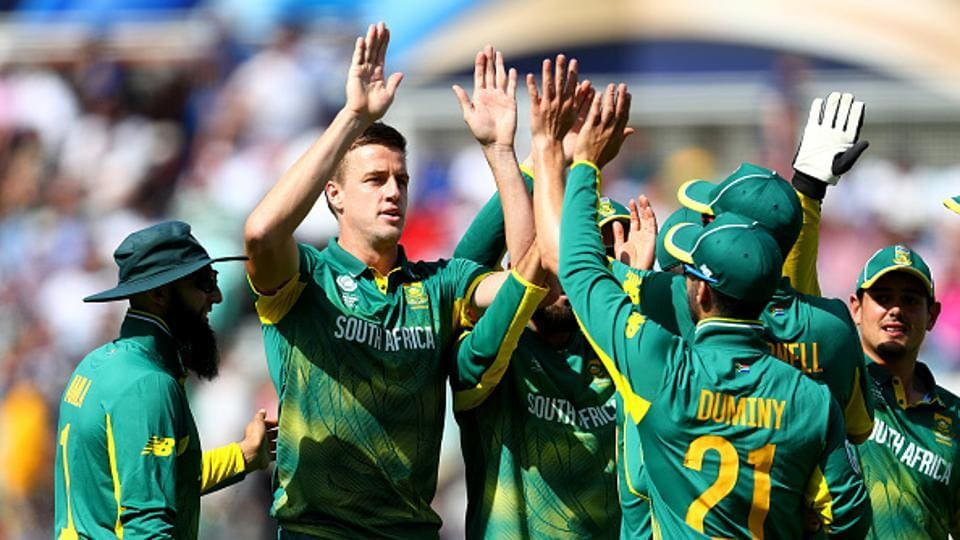 Morne Morkel got rid of Dickwella in the 9th over, who scored 41 off just 33 balls.  (Getty Images)
