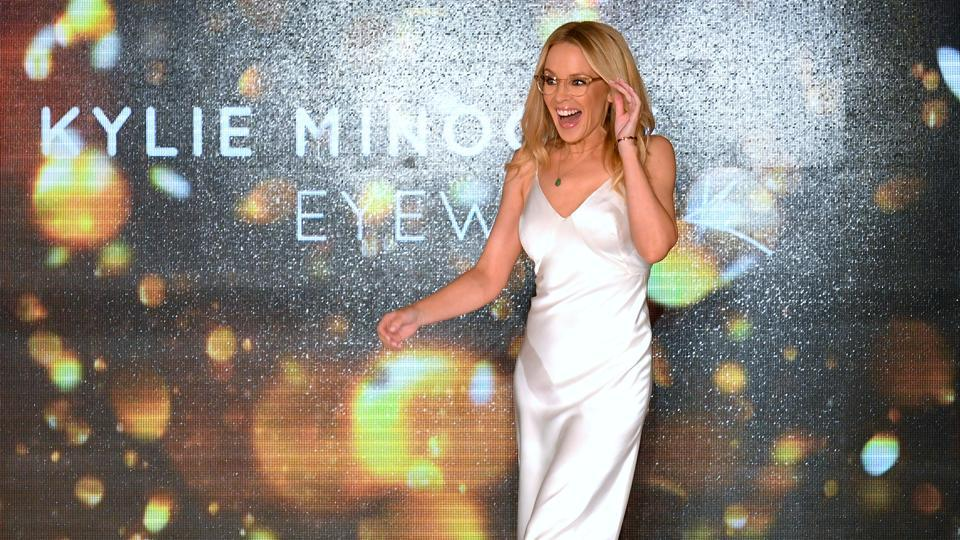 Kylie Minogue To Spill The Beans On Her Break Up With