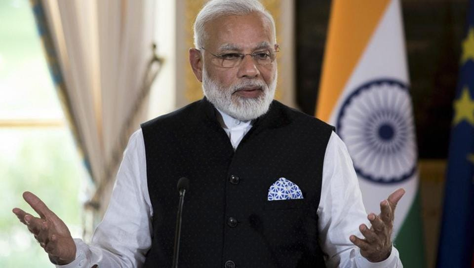 PM Modi asks officials to work on 2022 goals