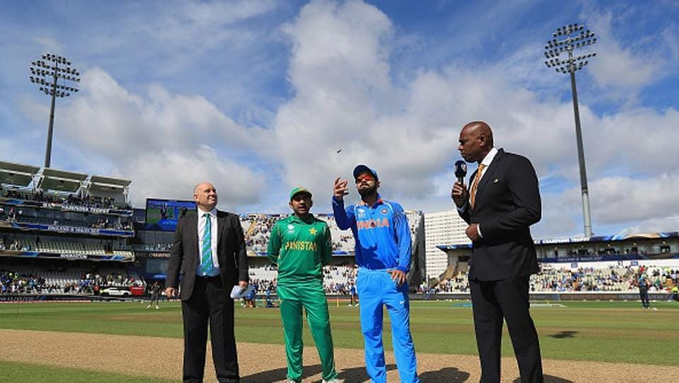 Pakistan won the toss and asked India to bat earlier in the bat. (IDI via Getty Images)