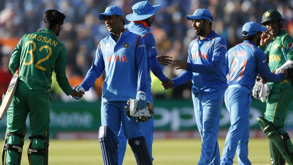 Britain Cricket - India v Pakistan - 2017 ICC Champions Trophy Group B - Edgbaston - June 4, 2017 Players shake hands at the end of the match Action Images via Reuters / Andrew Boyers Livepic